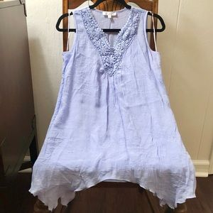 Tops - Flowy light blue tunic tank with crocheted detail